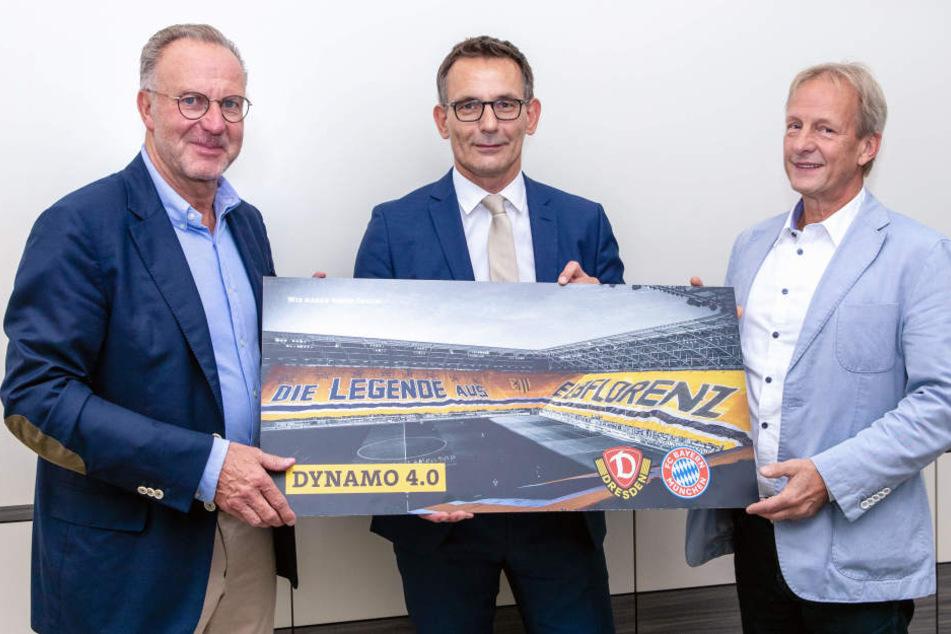 Karl-Heinz Rummenigge, Vorstandsvorsitzender der FC Bayern München AG, Michael Born, Kaufmännischer Geschäftsführer der SGD, und Jens Heinig, Aufsichtsratsvorsitzender der SGD