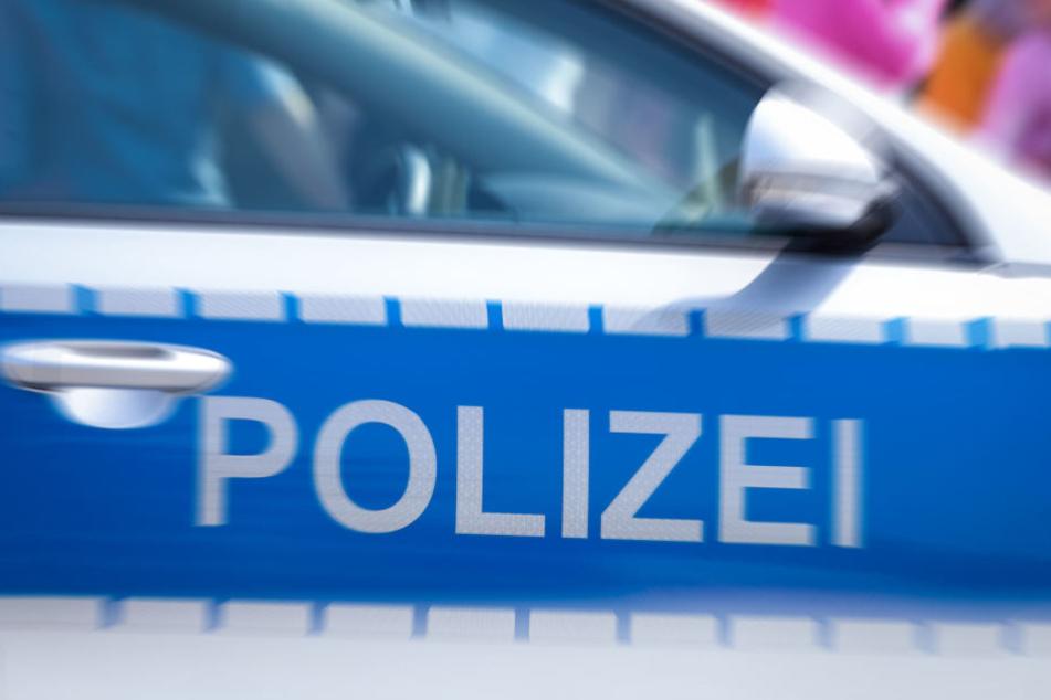 Aufrgund der Verletzungen waren zwei Polizisten vorläufig nicht mehr dienstunfähig.
