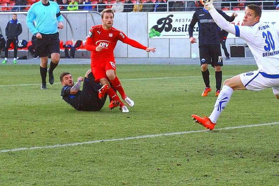 Mit dem 3:0 gegen den SC Paderborn begann die Heimserie - drei Siege, ein Remis - des FSV-Zwickau.
