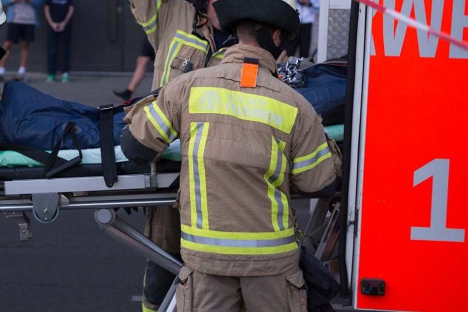 Dreijähriger bei Crash durch Autoscheibe geschleudert