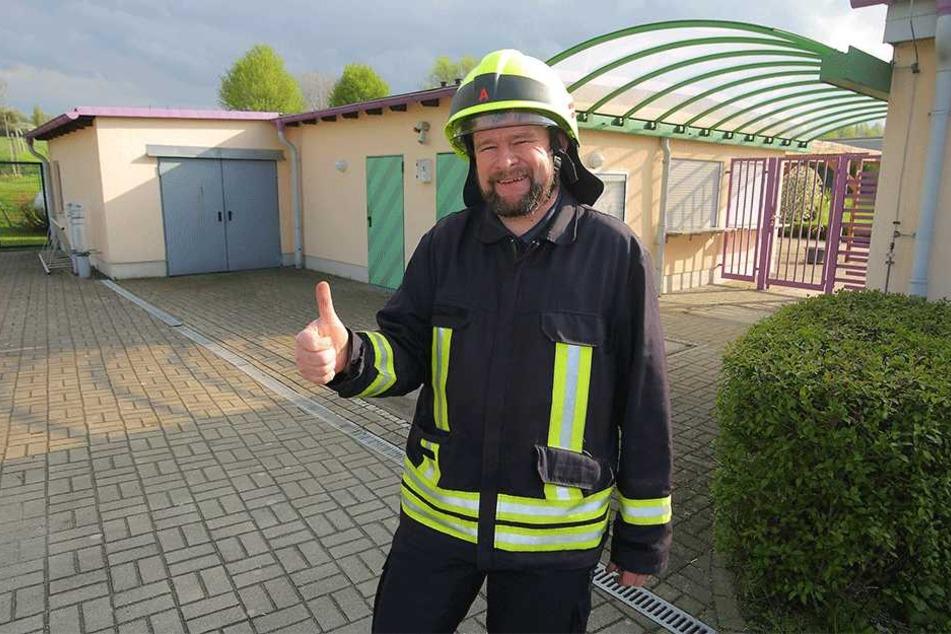 Brandmeister Dirk Pöhler (40) von der Freiwilligen Feuerwehr Klingenberg OT Colmnitz findet...