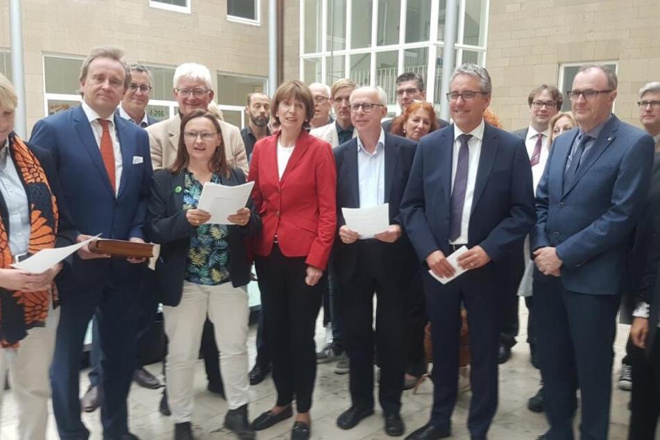 Die Fraktionsvorsitzenden der demokratischen Fraktionen im Kölner Rat.
