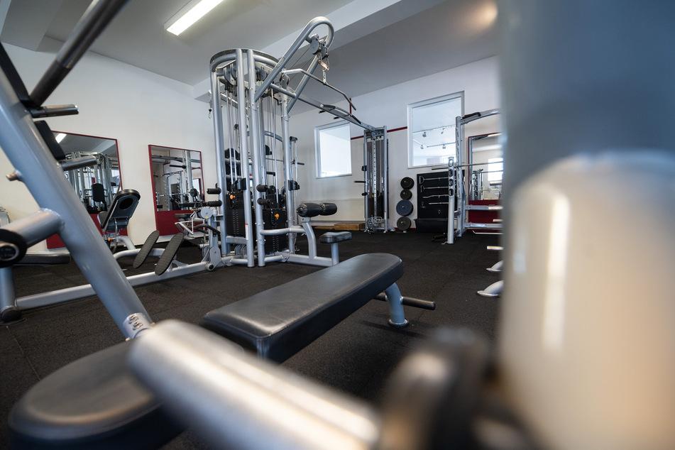 Fitnessstudios dürfen unter Auflagen wieder öffnen. (Symbolbild)