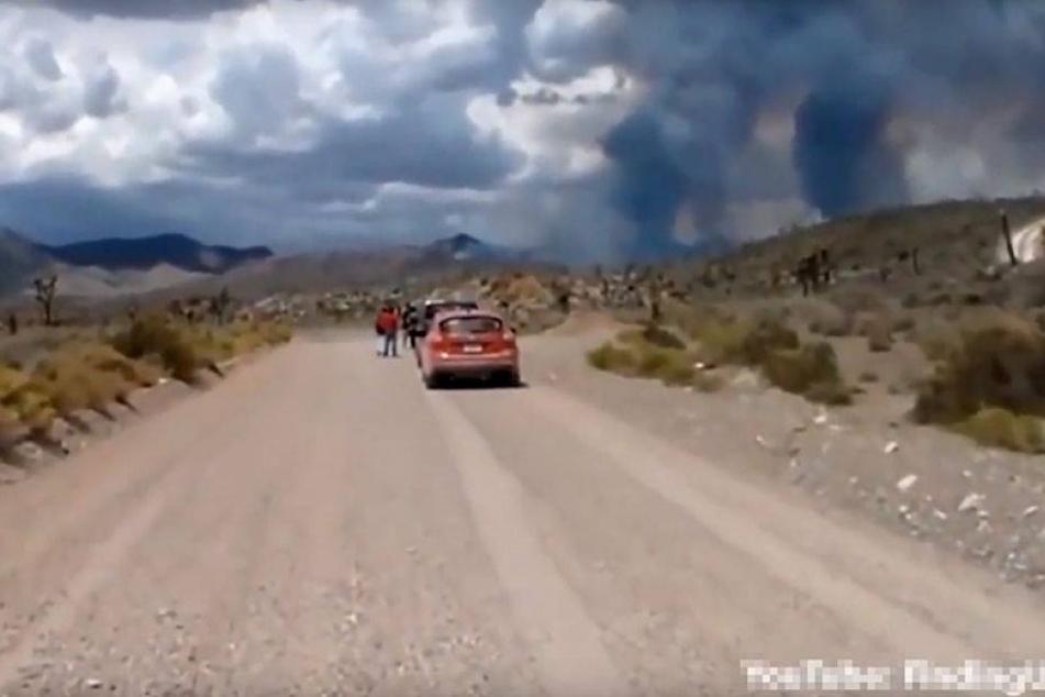 Unheimliches Video: Was braut sich hier über Area 51 zusammen?