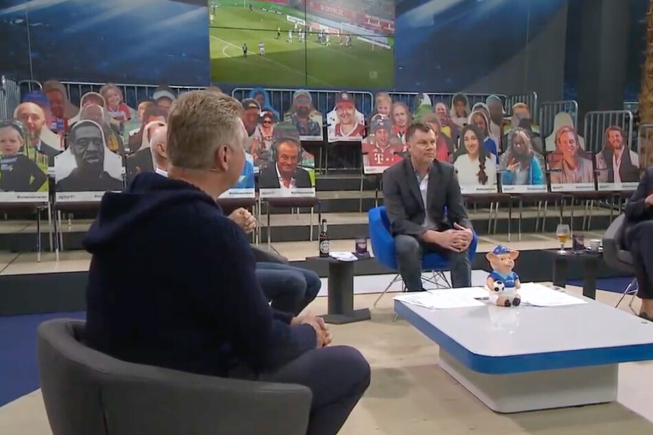 """""""Geschmacklos"""": Papp-Aufsteller beim Sport1-Doppelpass sorgt für Aufregung"""