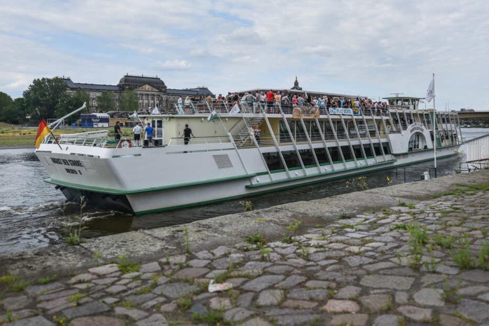 Die MS August der Starke wird am 17.8. zum Ü30-Party-Boot.