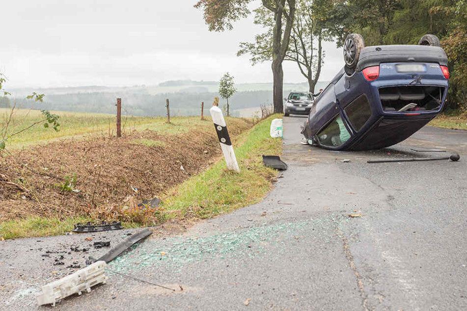 Die junge Frau verlor die Kontrolle über ihr Fahrzeug und überschlug sich.