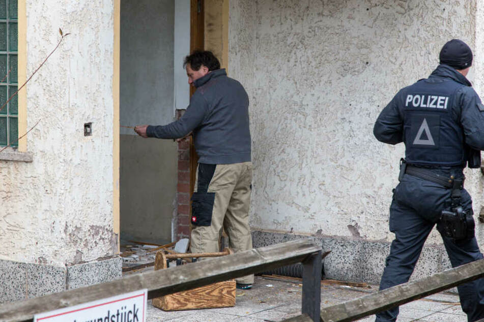 Nachdem die Einsatzkräfte in Suhl diese Wohnung stürmten, konnten die Beamten verschiedene Gegenstände sicherstellen.