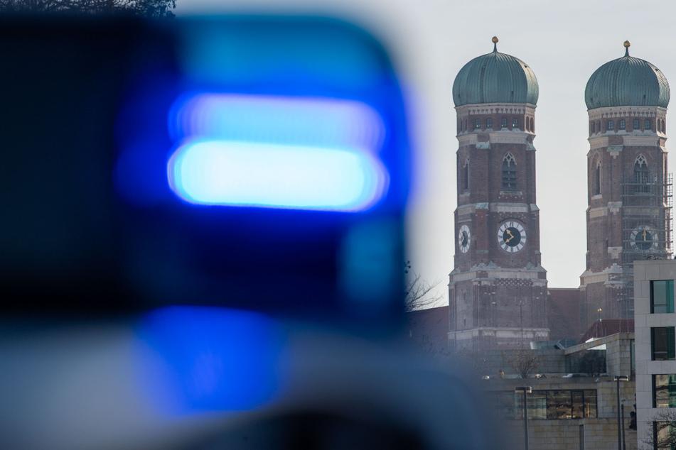 Ein Vierjähriger wurde in München von einem Kleinbus angefahren. (Symbolbild)
