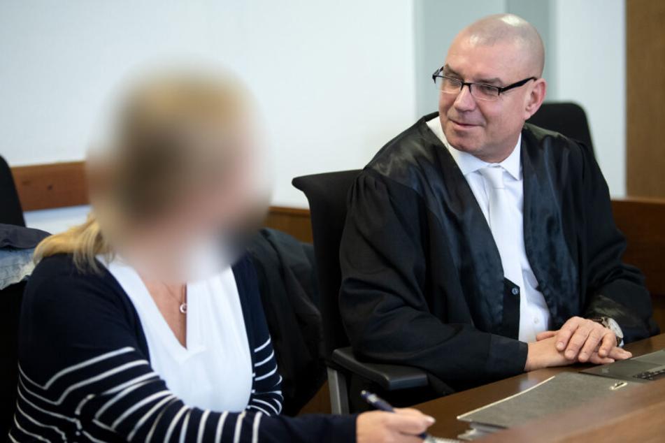 Betrugsprozess: Frau soll mit Kindermode mehr als 12 Millionen Euro erbeutet haben