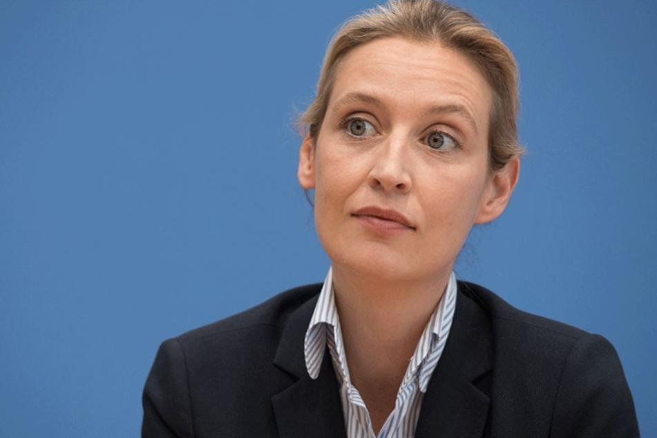 AfD-Spitzenkandidatin Weidel will Kopftücher verbieten
