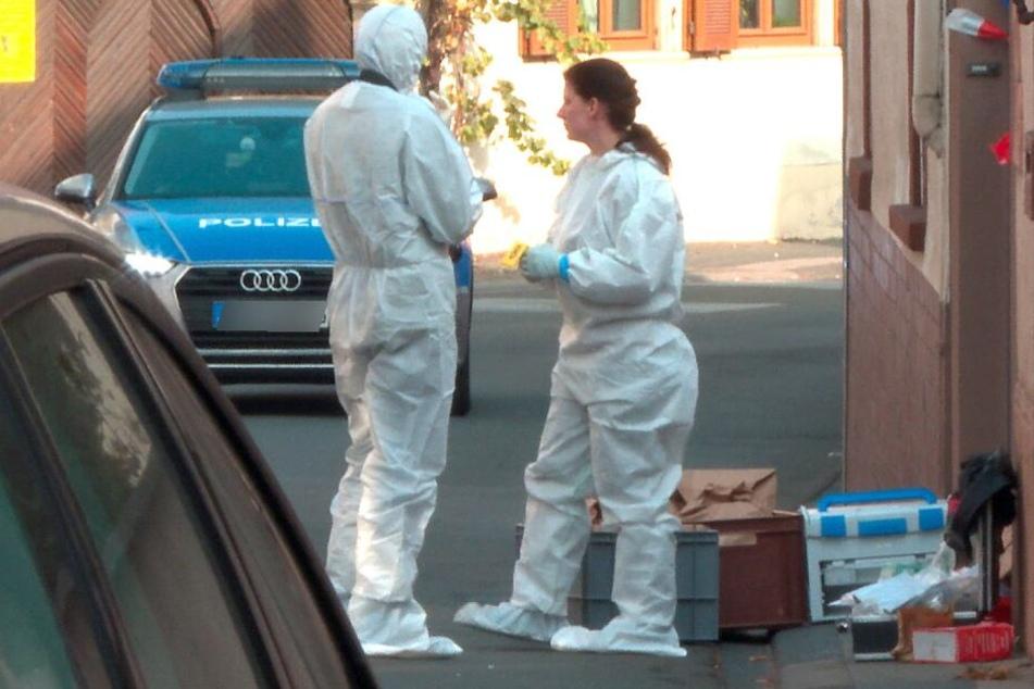 Nach dem Tod der Frau wurde der Tatort untersucht. (Symbolbild)