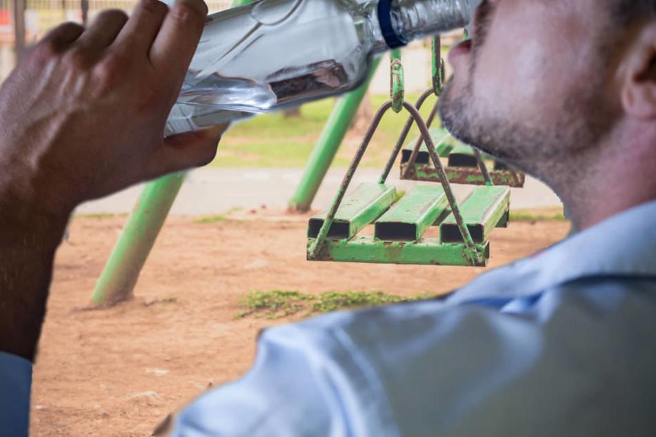 Betrunkener verletzt sieben Jugendliche auf Spielplatz