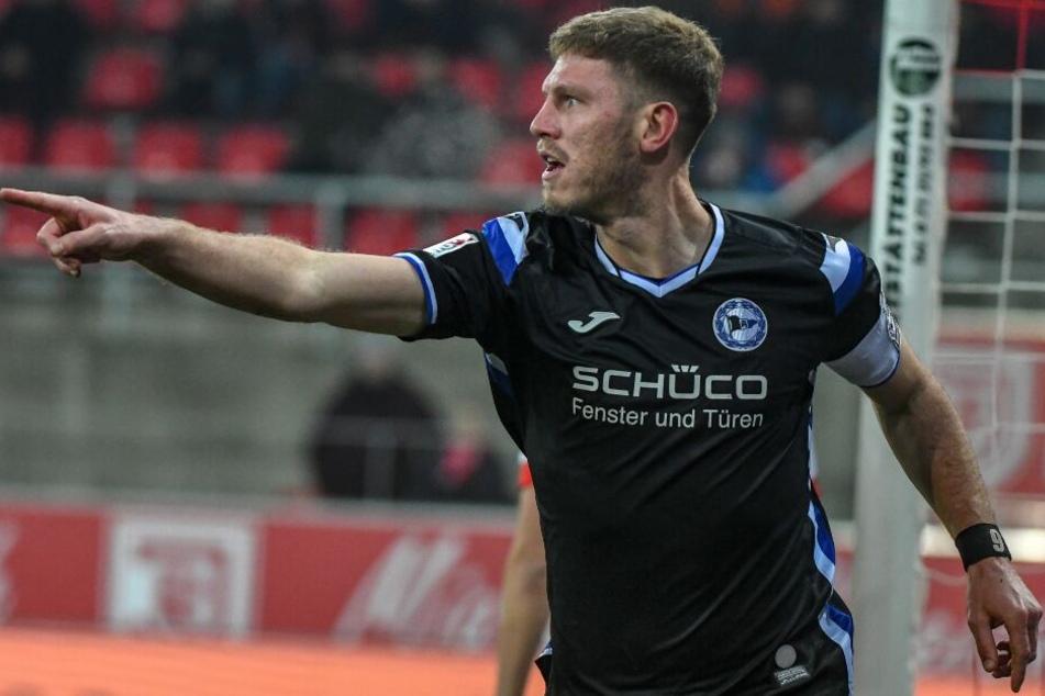 In den letzten fünf Auswärtsspielen hat Fabian Klos immer getroffen.
