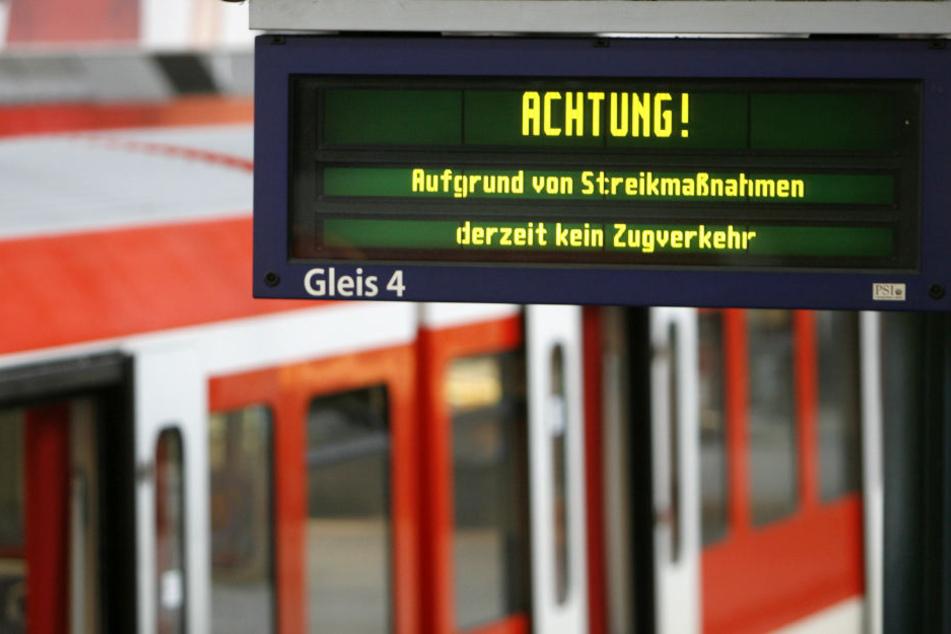 In der kommenden Woche wird diese Anzeige an vielen Bahnhöfen in Deutschland zu sehen sein.