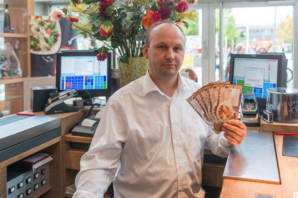 Vapiano-Chef Mike Mißbach (43) hat auch nach dem Bruch noch genügend  Gutscheine.