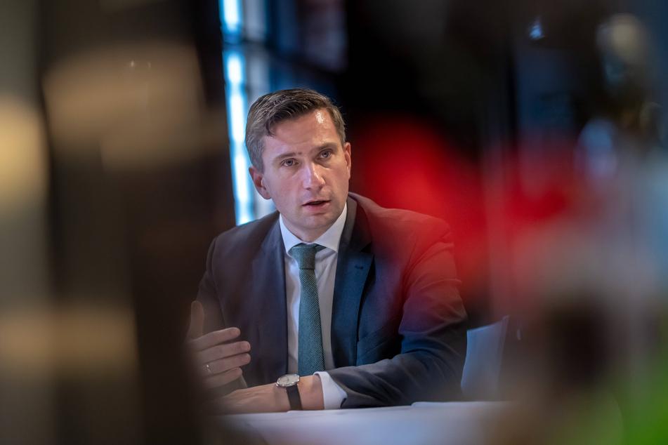 Warnte vor dramatischen Corona-Zahlen in Tschechien: Sachsens Wirtschaftsminister Martin Dulig (46, SPD).