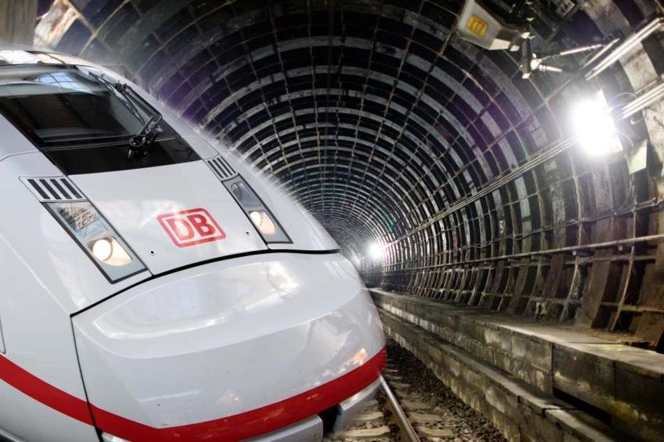 Jagen bald ICE's durch Frankfurts Untergrund? (Fotomontage)