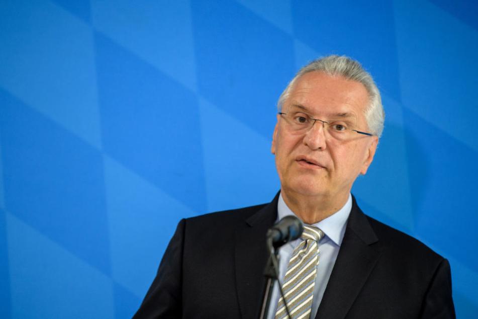 Joachim Herrmann hält nicht von einer Zuwanderungsregelung für Ungelernte. (Archiv)