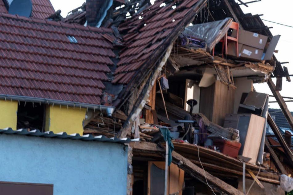Das Gebäude war nur noch ein Trümmerhaufen.