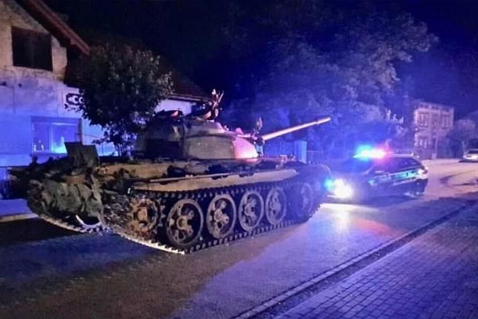 Dieser Panzer regte offenbar die Phantasien eines 49-Jährigen an...