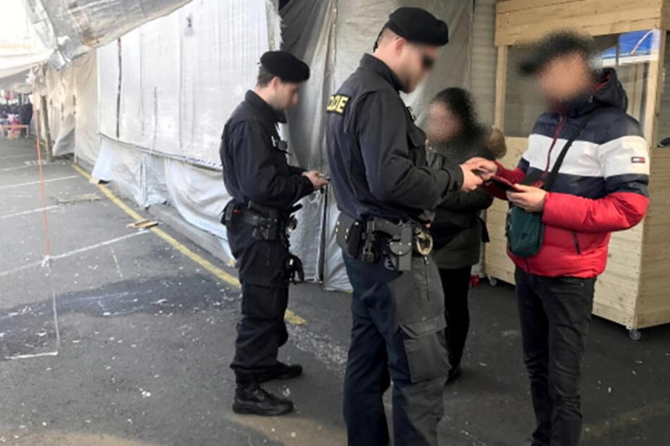Drogenrazzien auf Tschechen-Märkten