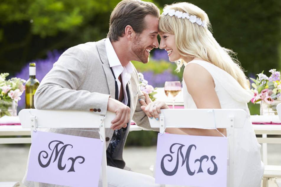 Die meisten deutschen Brautpaare heiraten im Sommer.