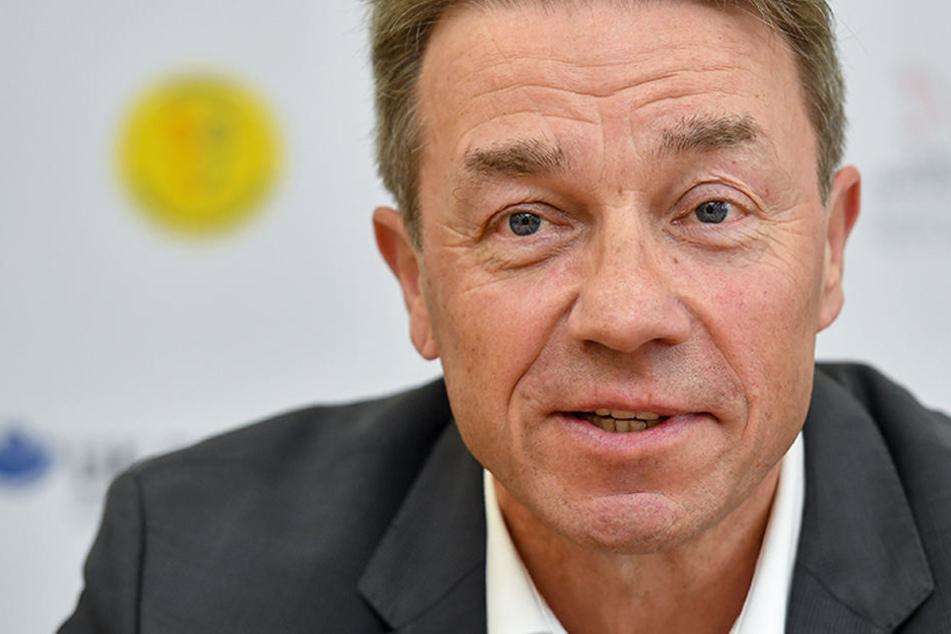 Kurz nach der Wahl schmeißt Brandenburgs Bildungsminister Baaske hin