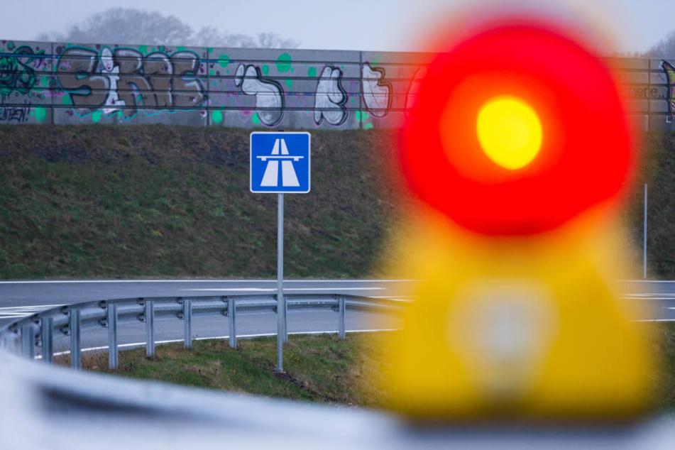 An der Anschlussstelle Neukirchen können Autofahrer nur in Fahrtrichtung München auf die Autobahn auffahren. (Symbolbild)
