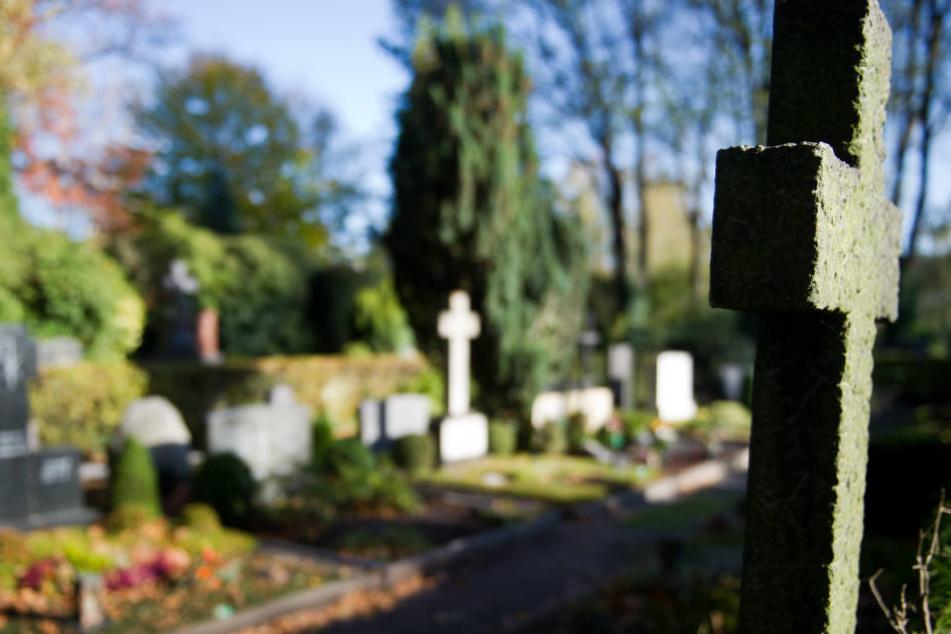 In Jena-Burgau könnte es bald Mensch-Tier-Gräber geben.