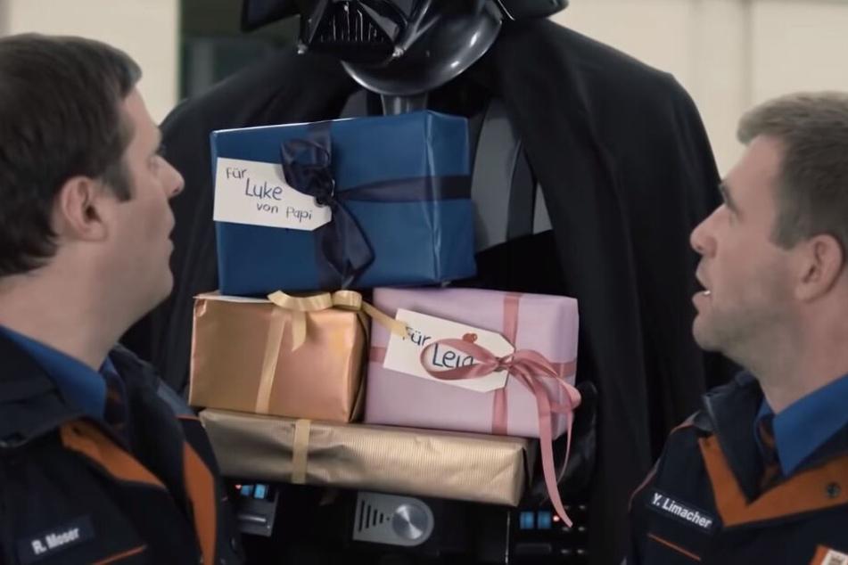 Darth Vader kommt am Ende auch noch vorbei...