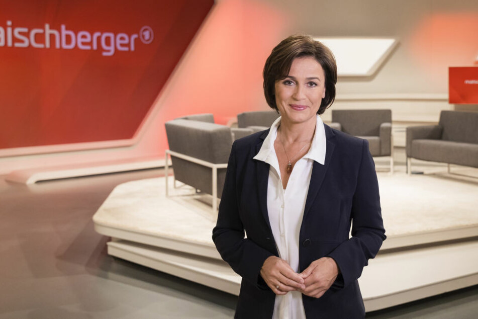 """Sandra Maischberger (51) lädt ein zum Thema: """"CDU nach rechts, SPD nach links: Rettung der Volksparteien?"""""""