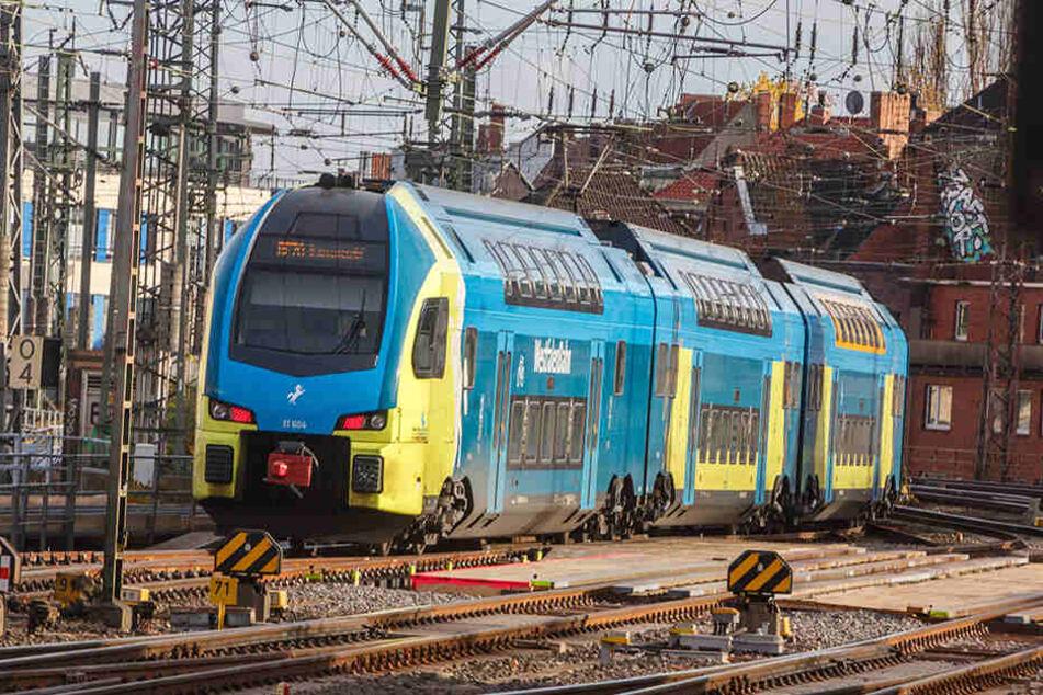 Diese Doppelstock-Züge des Typs KISS verbinden Sachsen in wenigen Monaten mit der Ostsee-Küste. Die Deutsche Bahn kauft sie von der österreichischen WESTbahn.