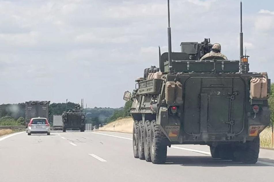 US-Militärkonvoi rollt über die A4 in Sachsen und bleibt liegen