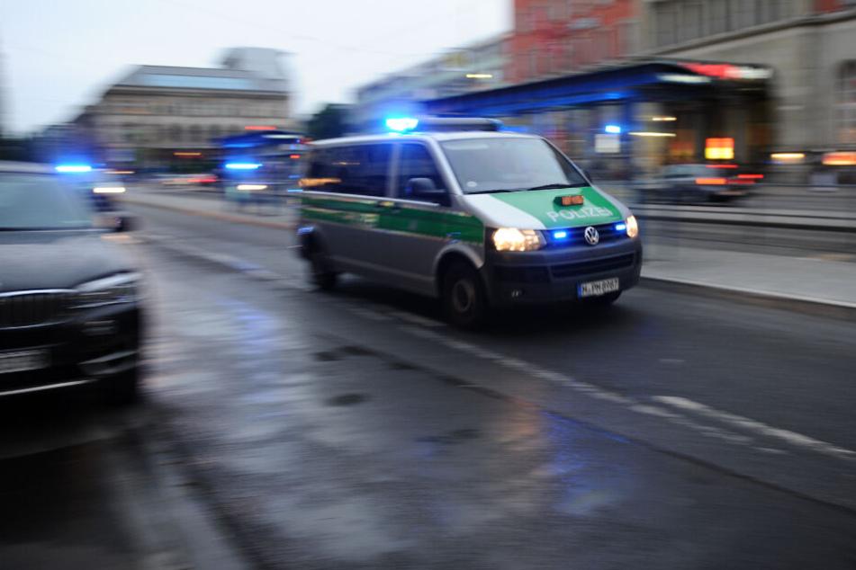 Drama am Hauptbahnhof München: Taxi fährt in Fußgängergruppe!