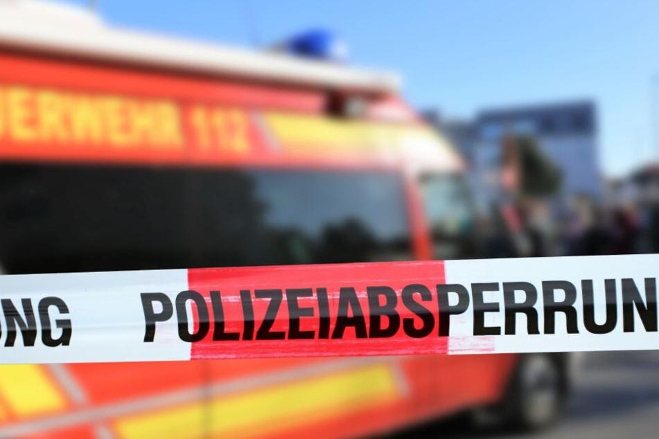 Die Polizei musste den Unfallort mehrere Stunden absperren.