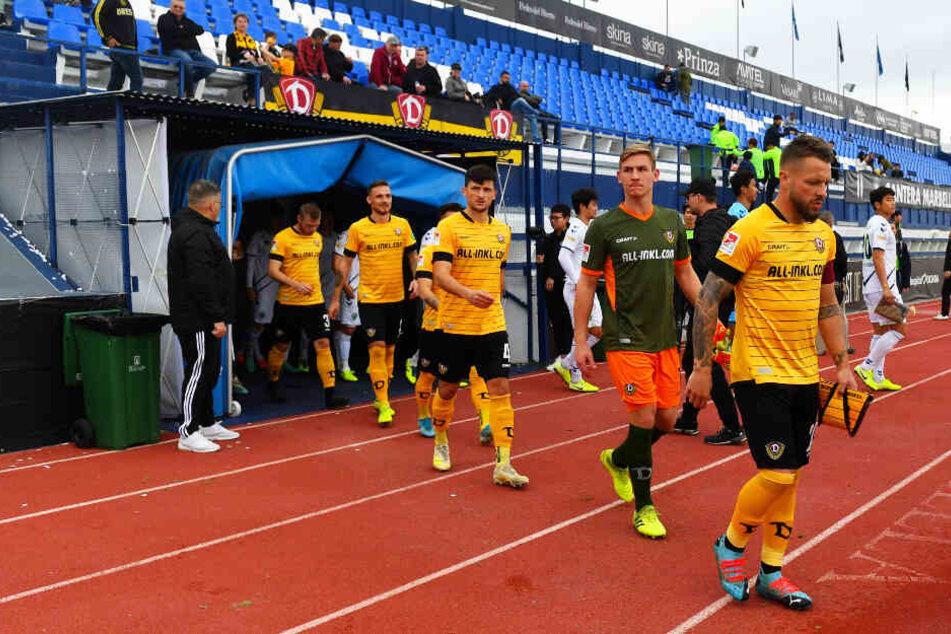 Patrick Ebert (r.) führte Dynamo Dresden bereits im Test gegen Jeonbuk Hyundai in Marbella auf den Rasen. Bleibt er Spielführer der SGD?