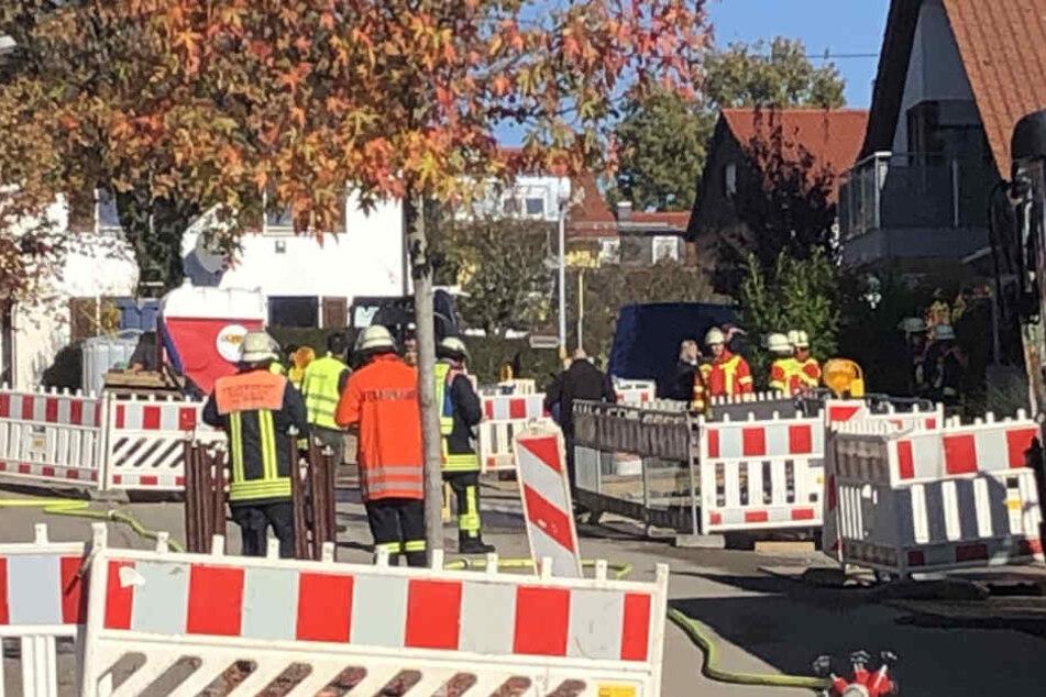 Gas tritt aus! Mehrere Häuser evakuiert