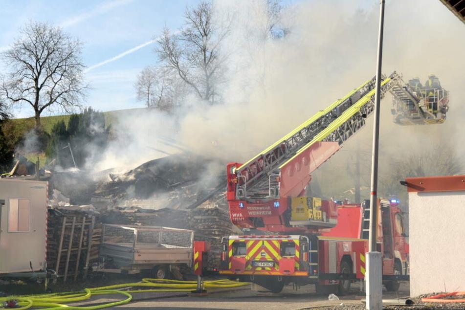 Das Foto zeigt das Trümmerfeld nach der Explosion.