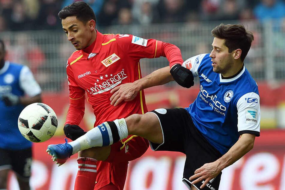 Kenny Prince Redondo (links) von Union und Michael Görlitz kämpften um den Ball. Am Ende gewann Berlin mit 3:1.