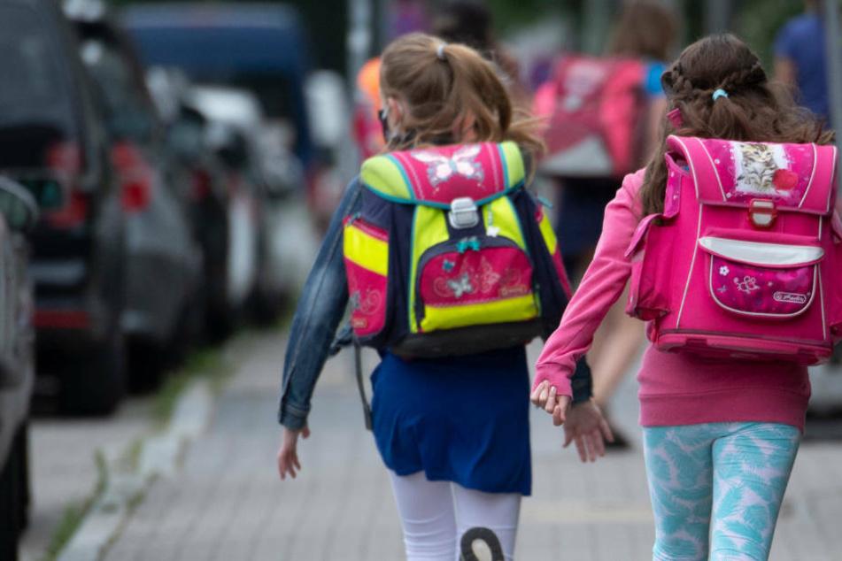 Seit Anfang der Woche werden die hessischen Grundschüler wieder regulär in ihren Klassen unterrichtet.