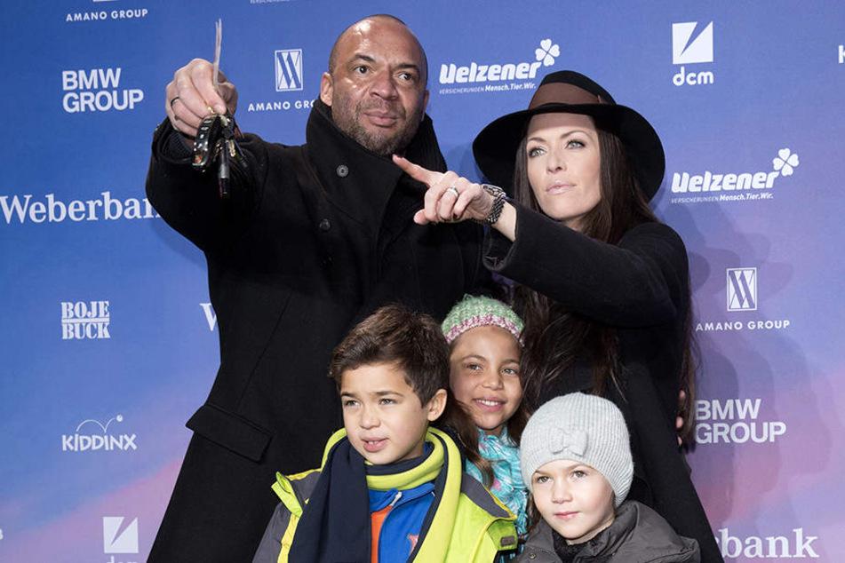 Detlef Soost und Kate Hall mit den Kindern Carlos, Chani und Ayana.