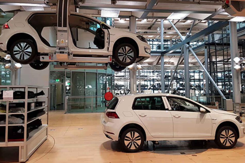 Das 35.990 Euro teure Gefährt soll unter optimalen Bedingungen pro Ladung 300 Kilometer weit fahren können.