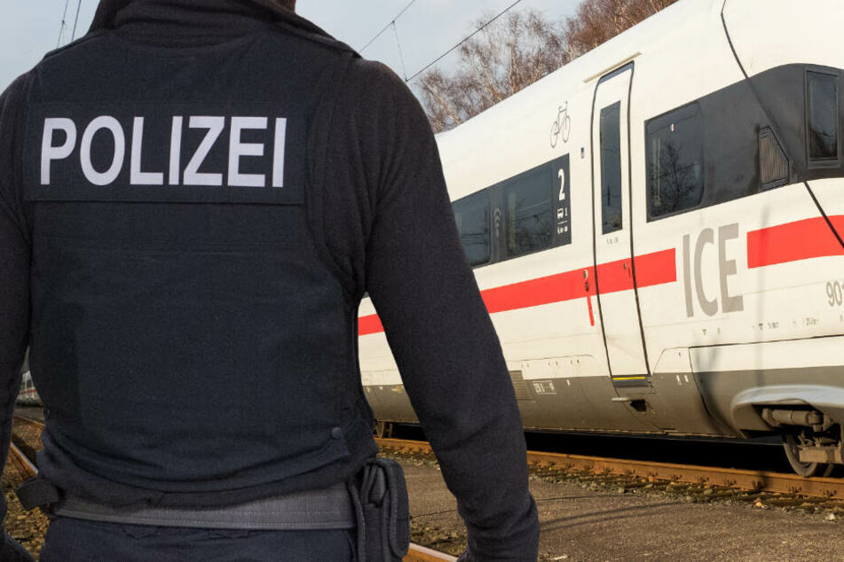 Die Polizei suchte den kompletten ICE ab, jedoch ohne eine Spur zu finden (Symbolbild).