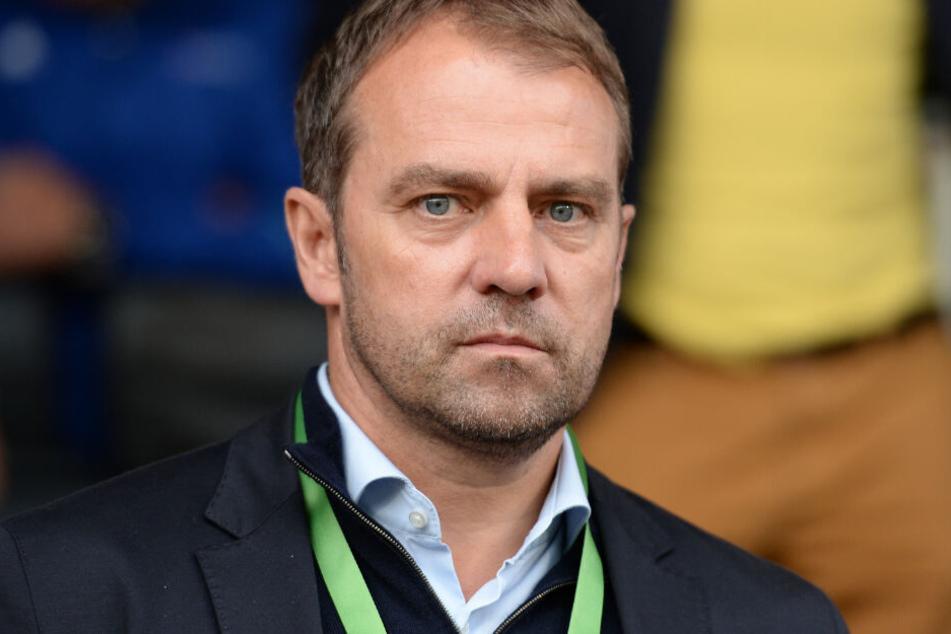 Hansi Flick soll laut einem Medienbericht Co-Trainer beim FC Bayern werden.