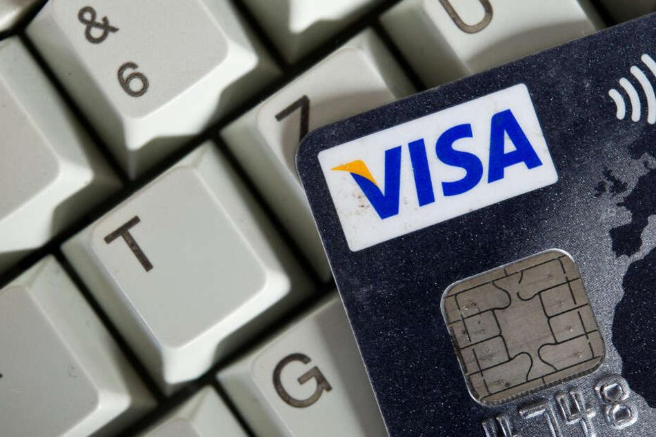 Online-Betrüger knöpfen potenziellen Autokäufern über eine Million Euro ab. (Symbolbild)