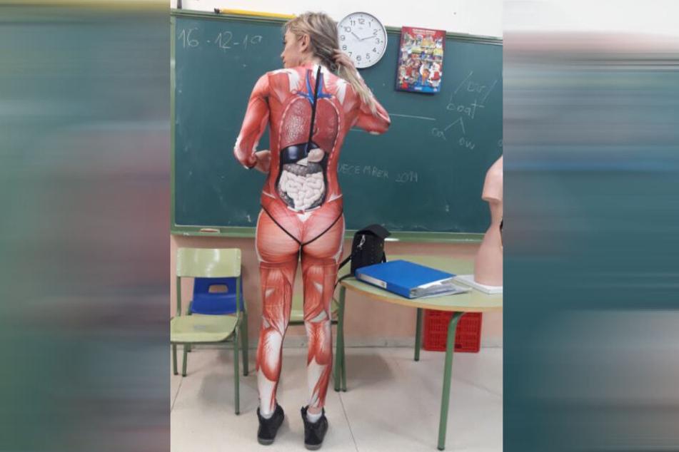 Verónica Duque zeigt sich auch von ihrer Rückseite.