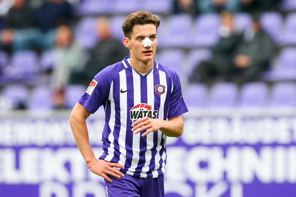 Omar Sijaric (19) hatte sich im Heimspiel gegen den SC Paderborn (1:4) einen Nasenbeinbruch zugezogen.