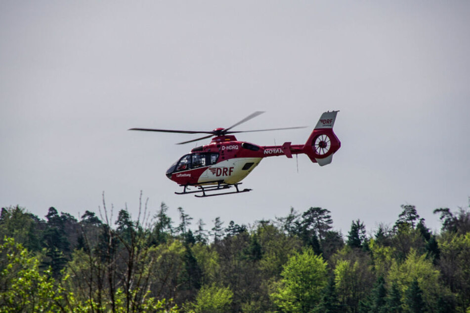 Die Reanimitationsversuche der Rettungskräfte blieben erfolglos, der Radfahrer verstarb noch an der Unfallstelle.