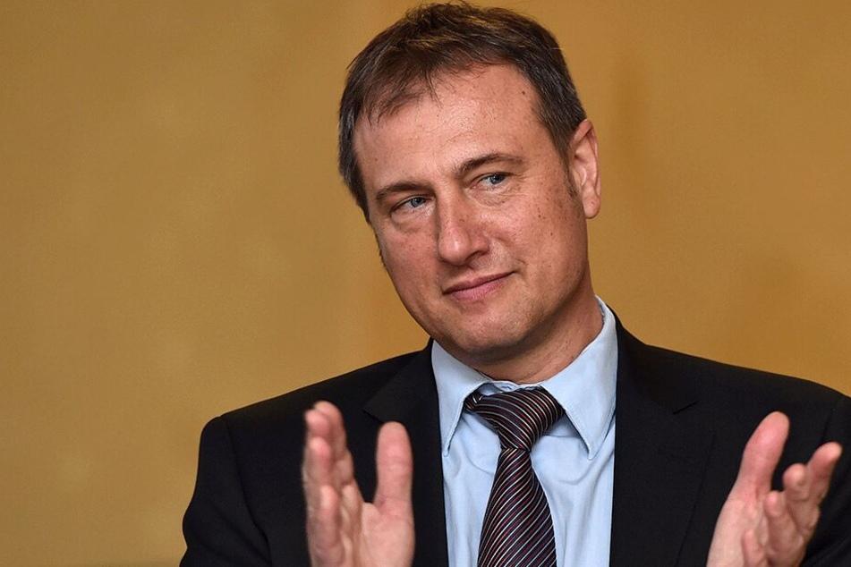 Träumt von Sachsens Glanz und Gloria - wenigstens auf neuem Wappen: Freie-Wähler-Chef Steffen Große (51).
